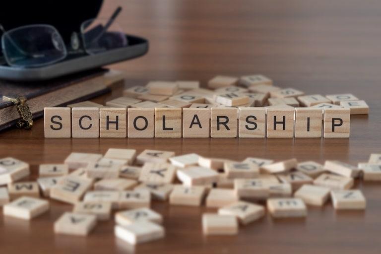 医学部で活用できる奨学金制度